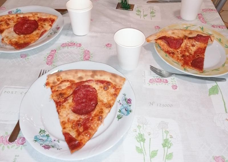 Wieczór pizzy na Odrębnej